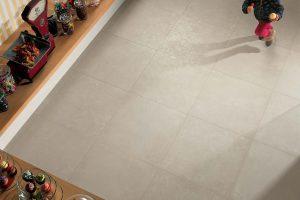 Come posare piastrelle su un pavimento in ceramica esistente