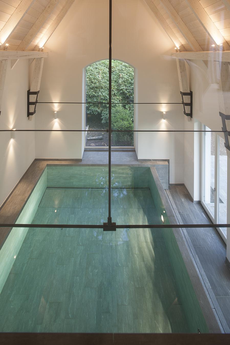 Piastrelle per piscina cast - Piastrelle per piscina ...